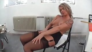 Mature Bitch Shows Her Unbelievable Nice Pussy by TROC