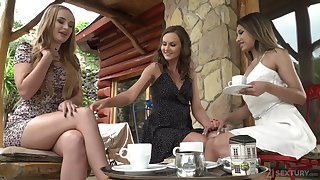 Wild Russian bitch Roxy Lips desires to go lesbian a bit and enjoys anal masturbation