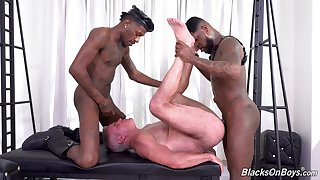 Hottest interracial gay anal bang with Dale Savage, Deepdicc and Mr. Cali