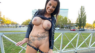 GERMAN MILF PUBLICLY FLASHING AND GETTING PICKED UP - EROCOM DATE