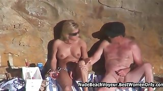 Horny couple enjoy fuck naked on the beach